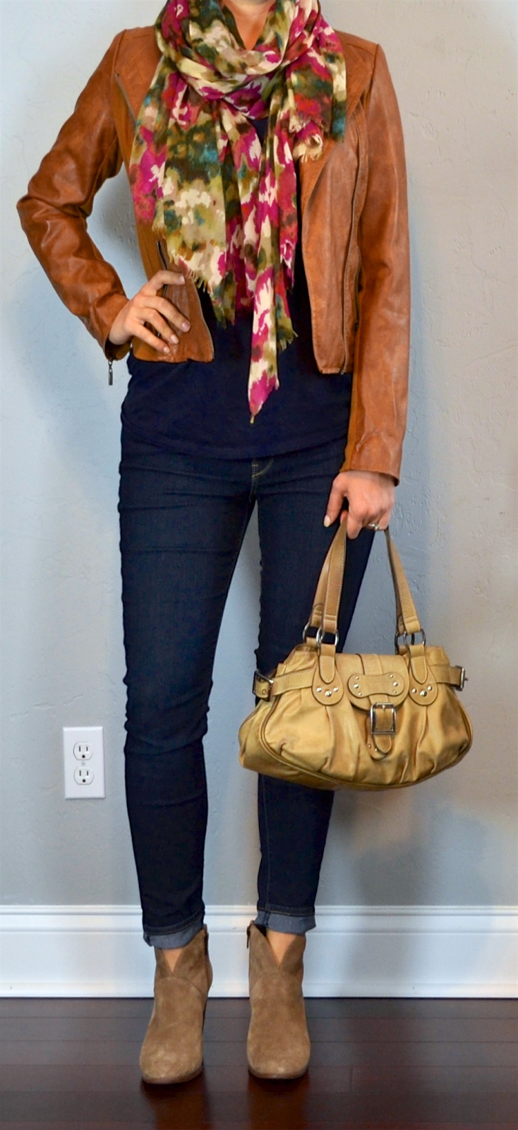 Outfit Post Brown Leather Jacket Navy T Shirt Skinny