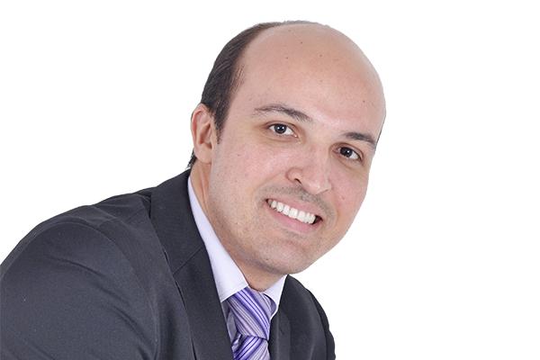 Professor Alexandre Américo