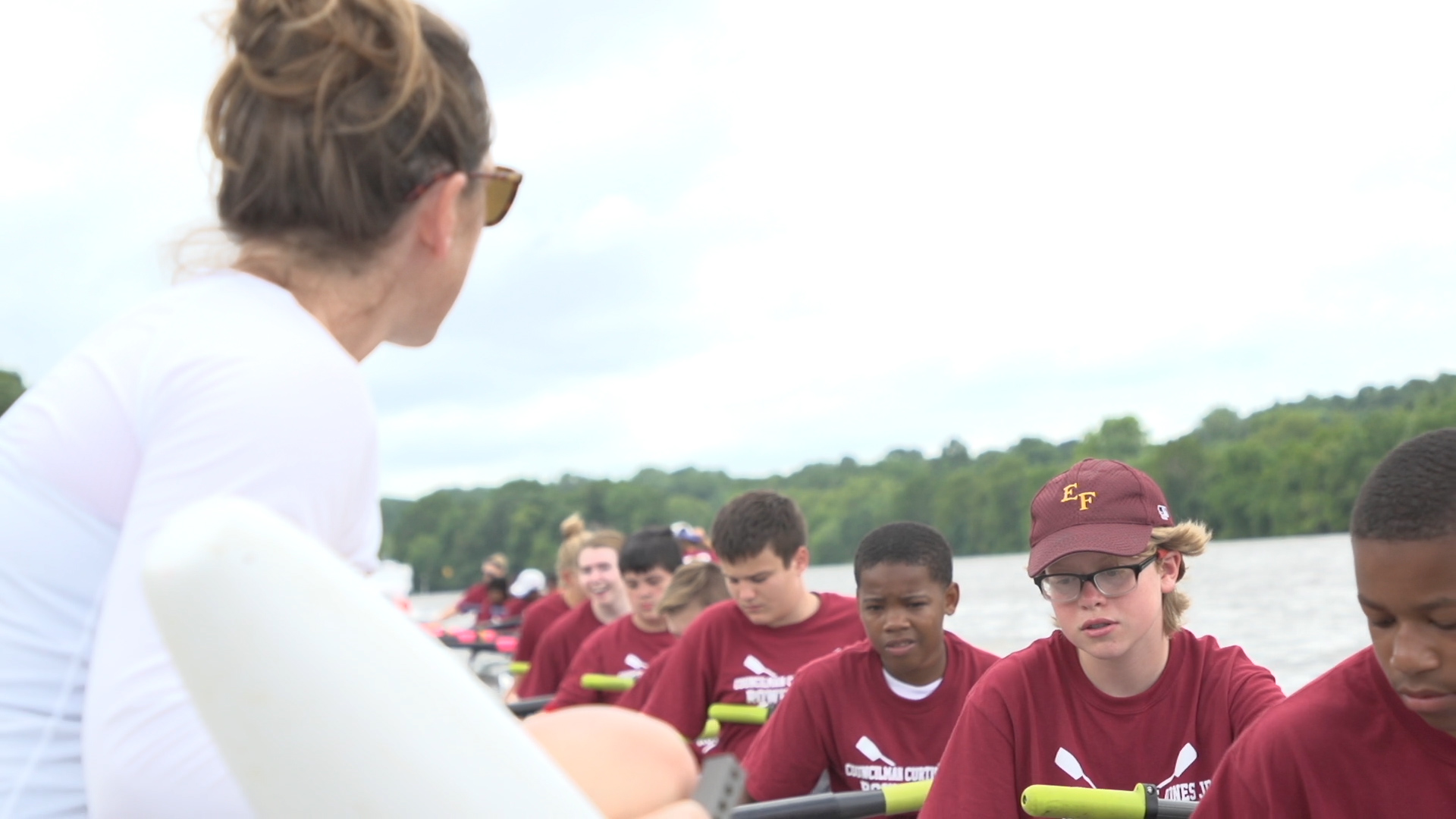 Temple Hosts Community Rowing Camp