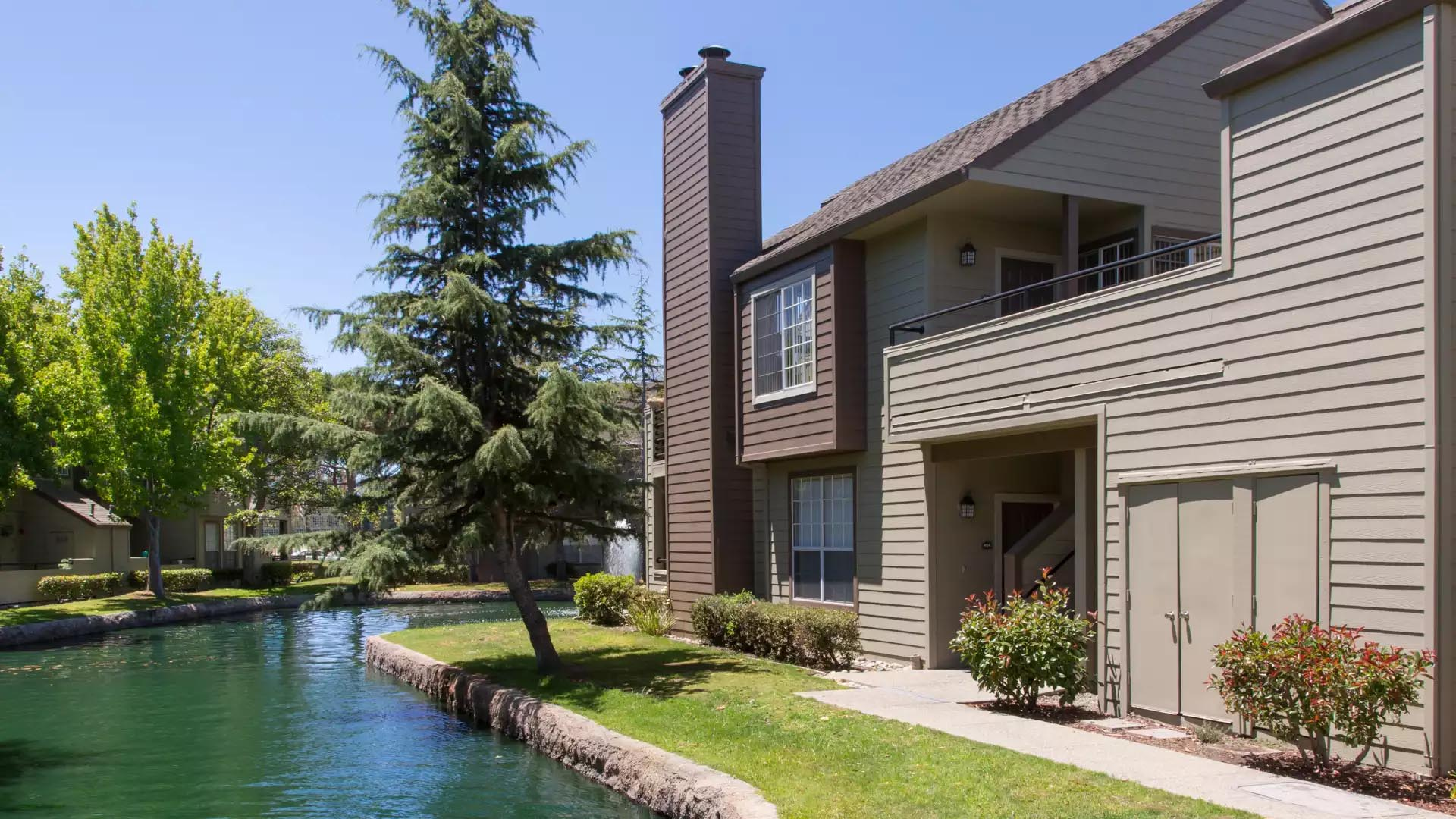 Schooner Bay Apartment Homes - San Mateo, CA