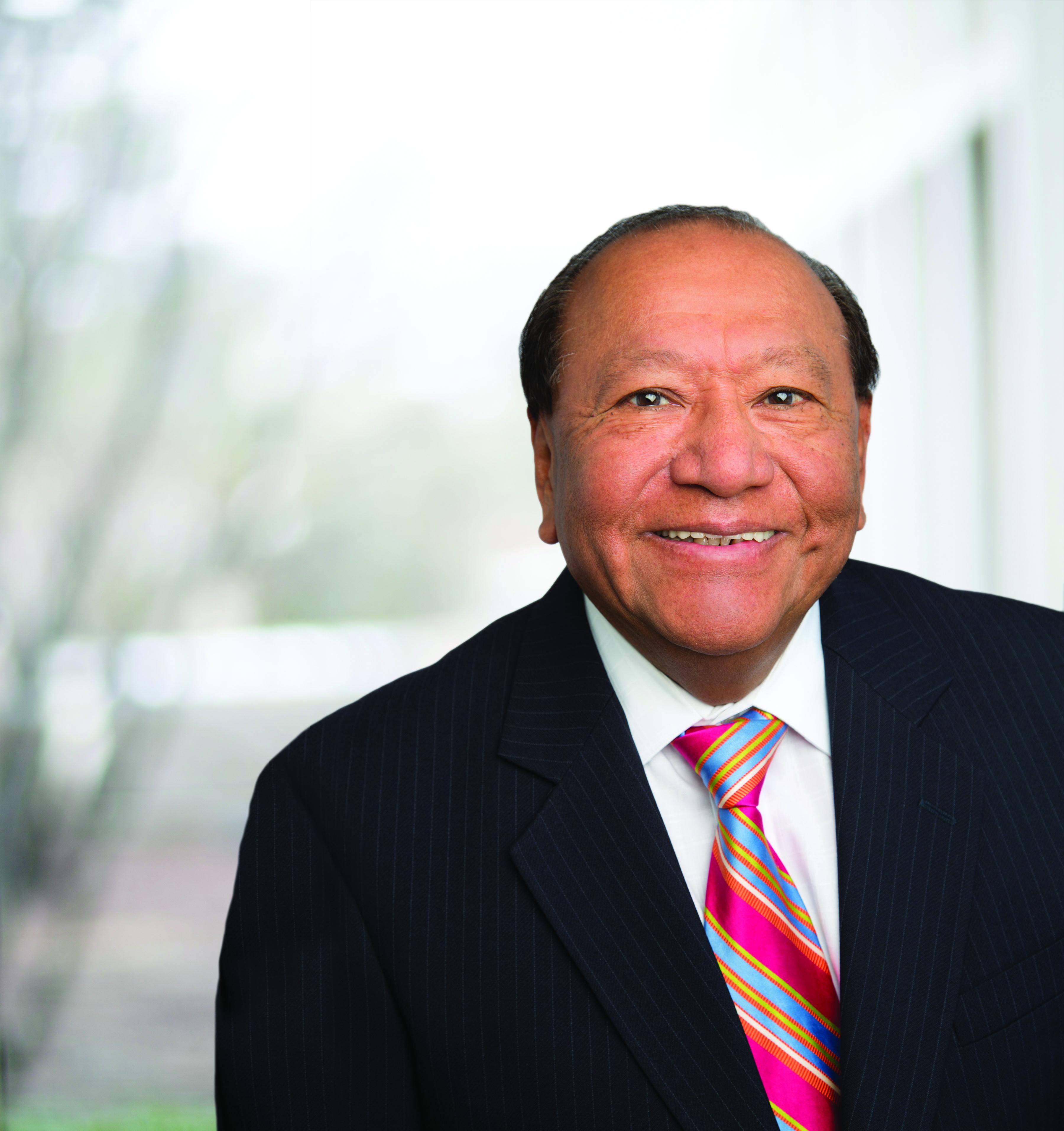 Dr. Julio  Mora MD - Lincolnwood, IL