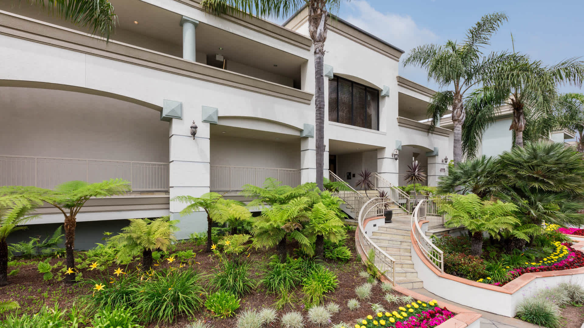 Pearl Apartments - Marina del Rey, CA