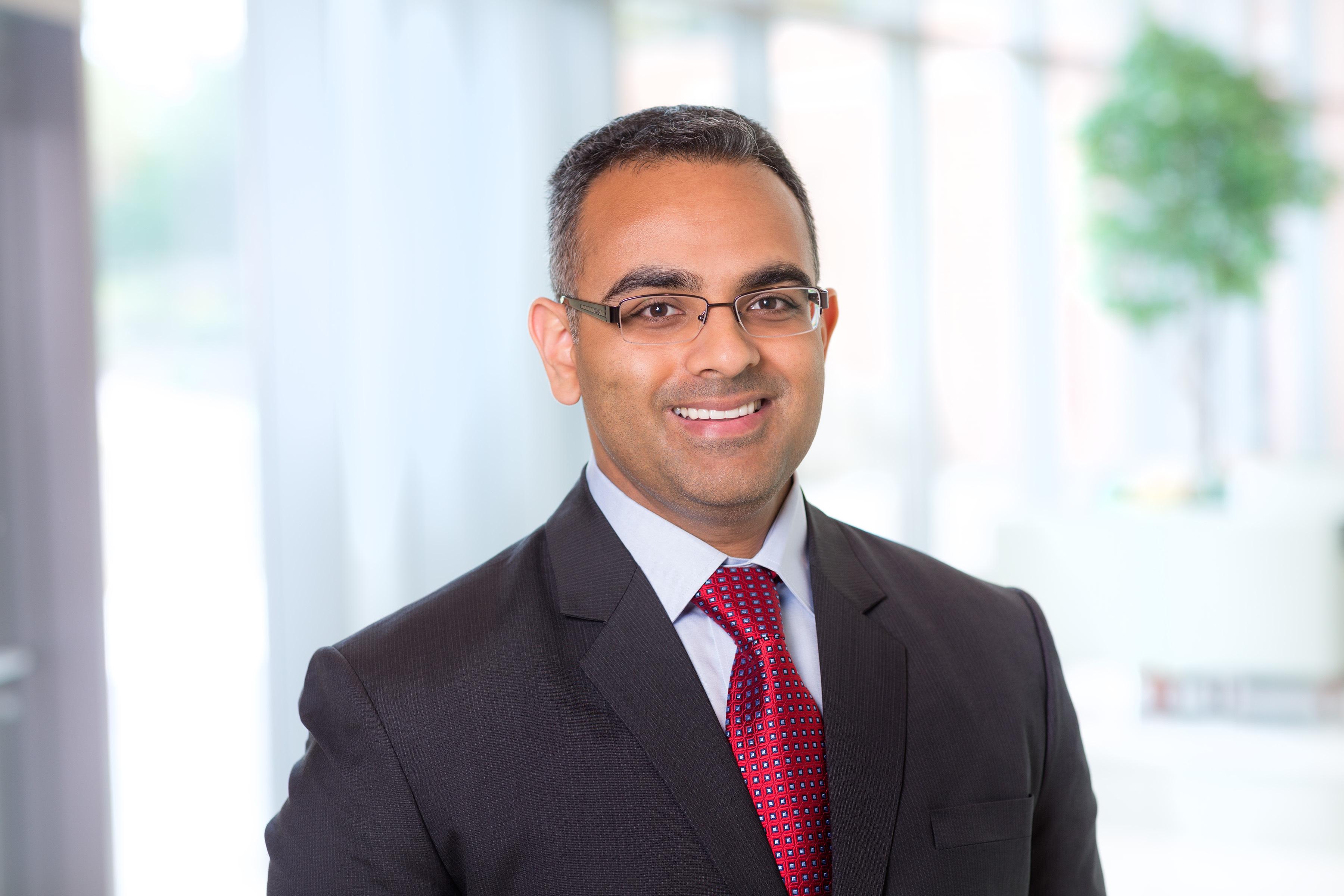 Dr. Alphi Elackattu MD - Chicago, IL