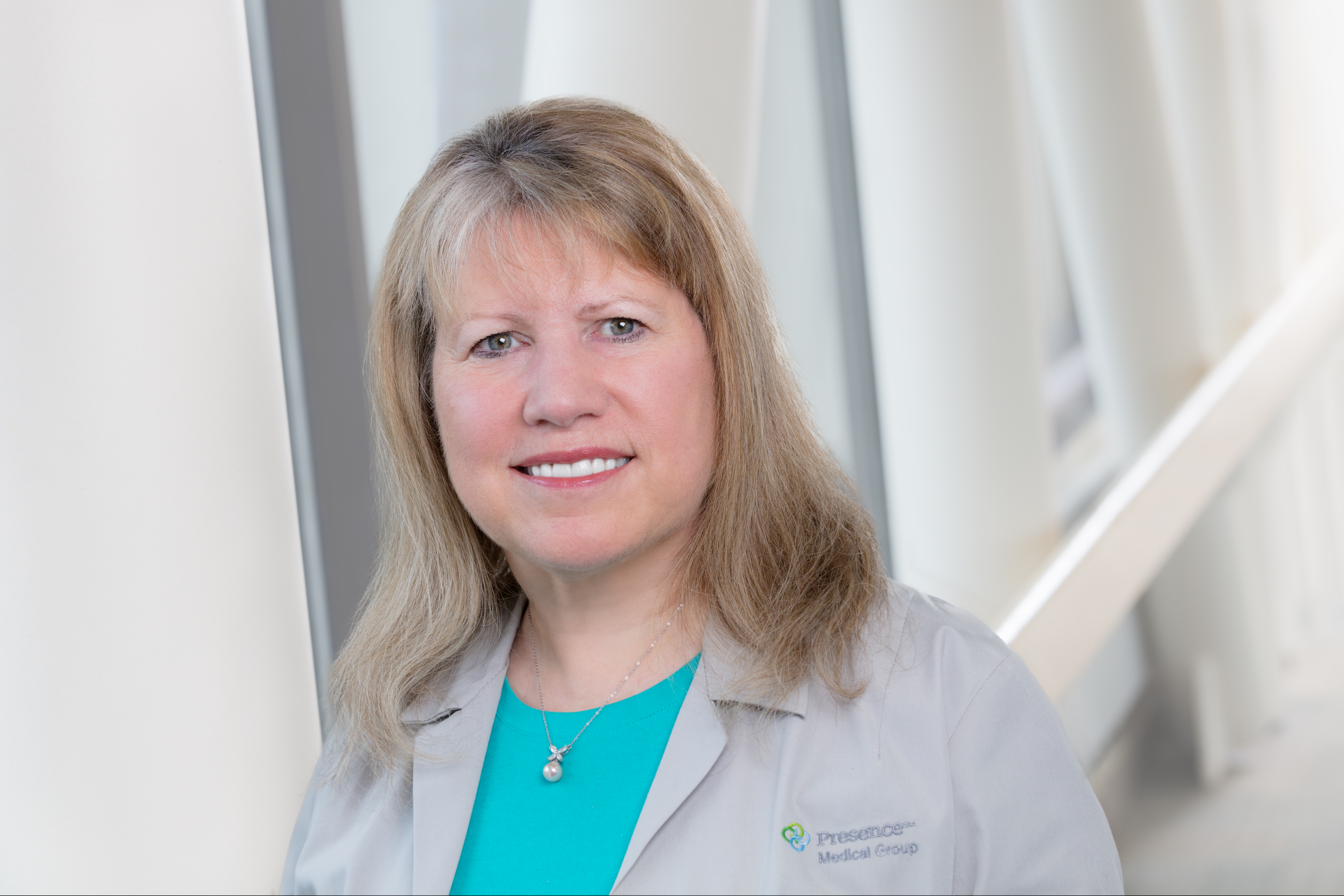 Dr. Janice l. Gilden MD - Chicago, IL