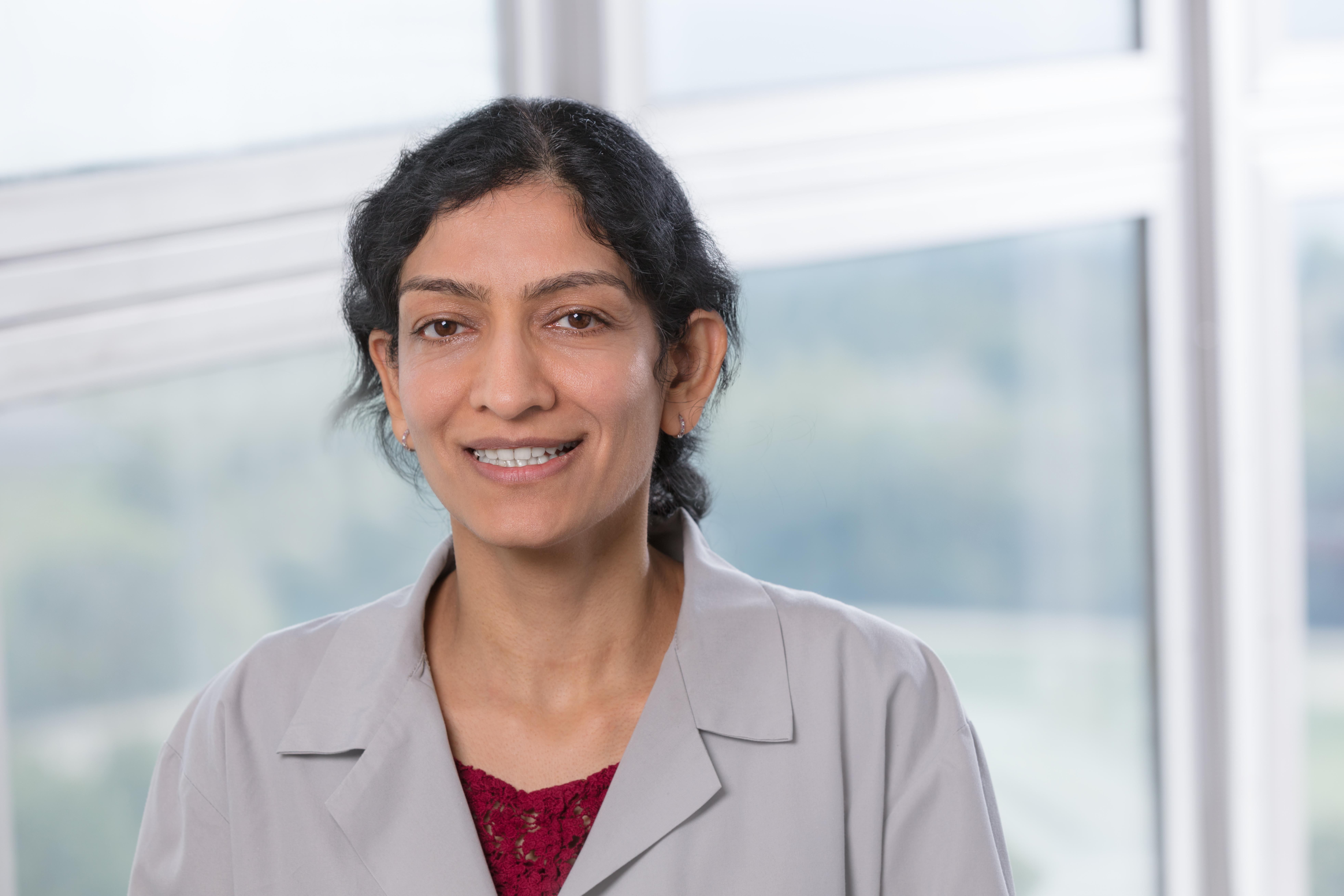 Dr. Sanjolee Mangat MD - Chicago, IL