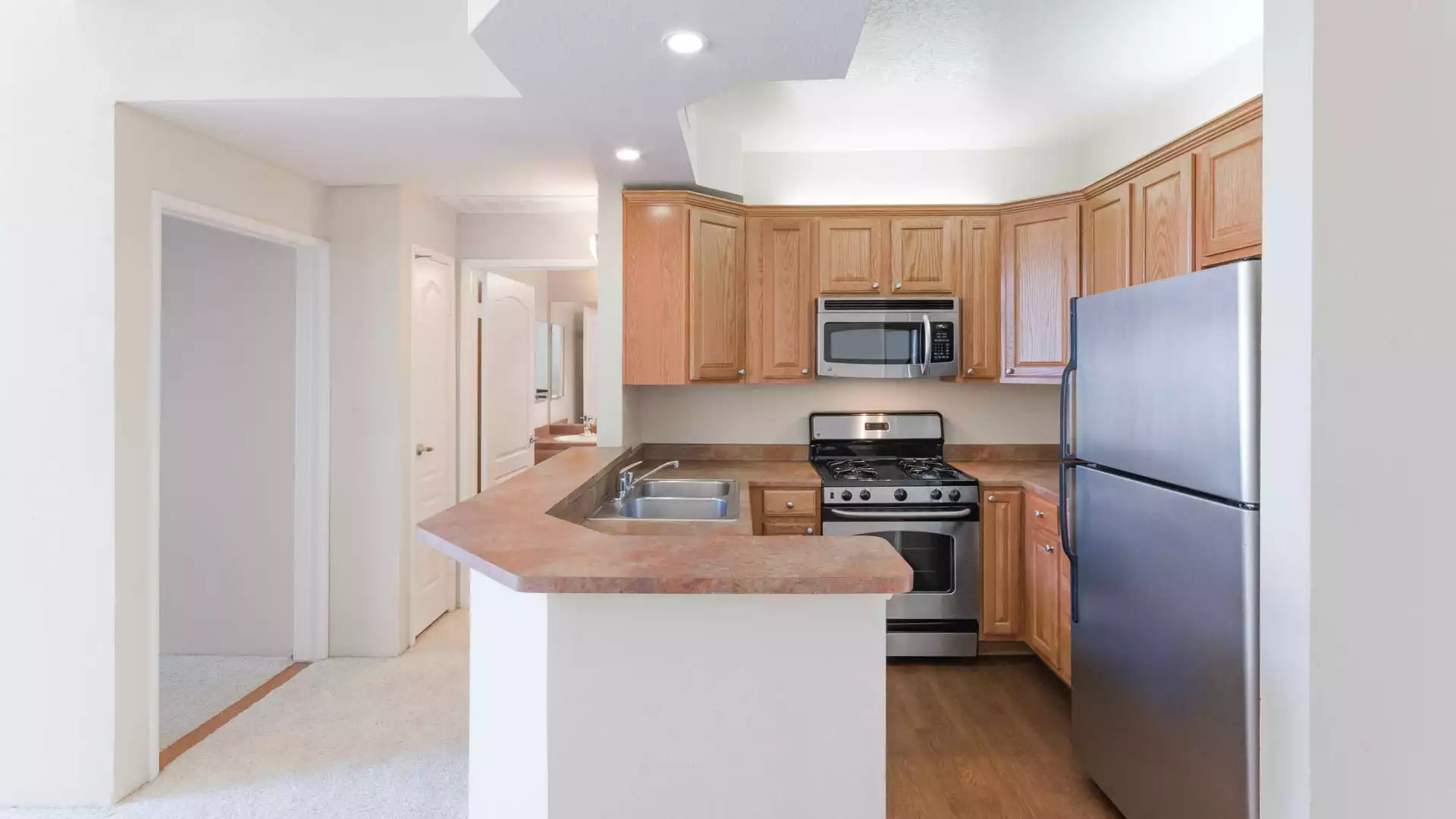 Academy Village Apartments - North Hollywood, CA