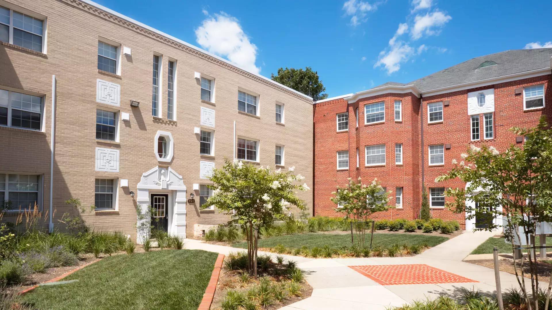 Sheffield Court Apartments - Arlington, VA