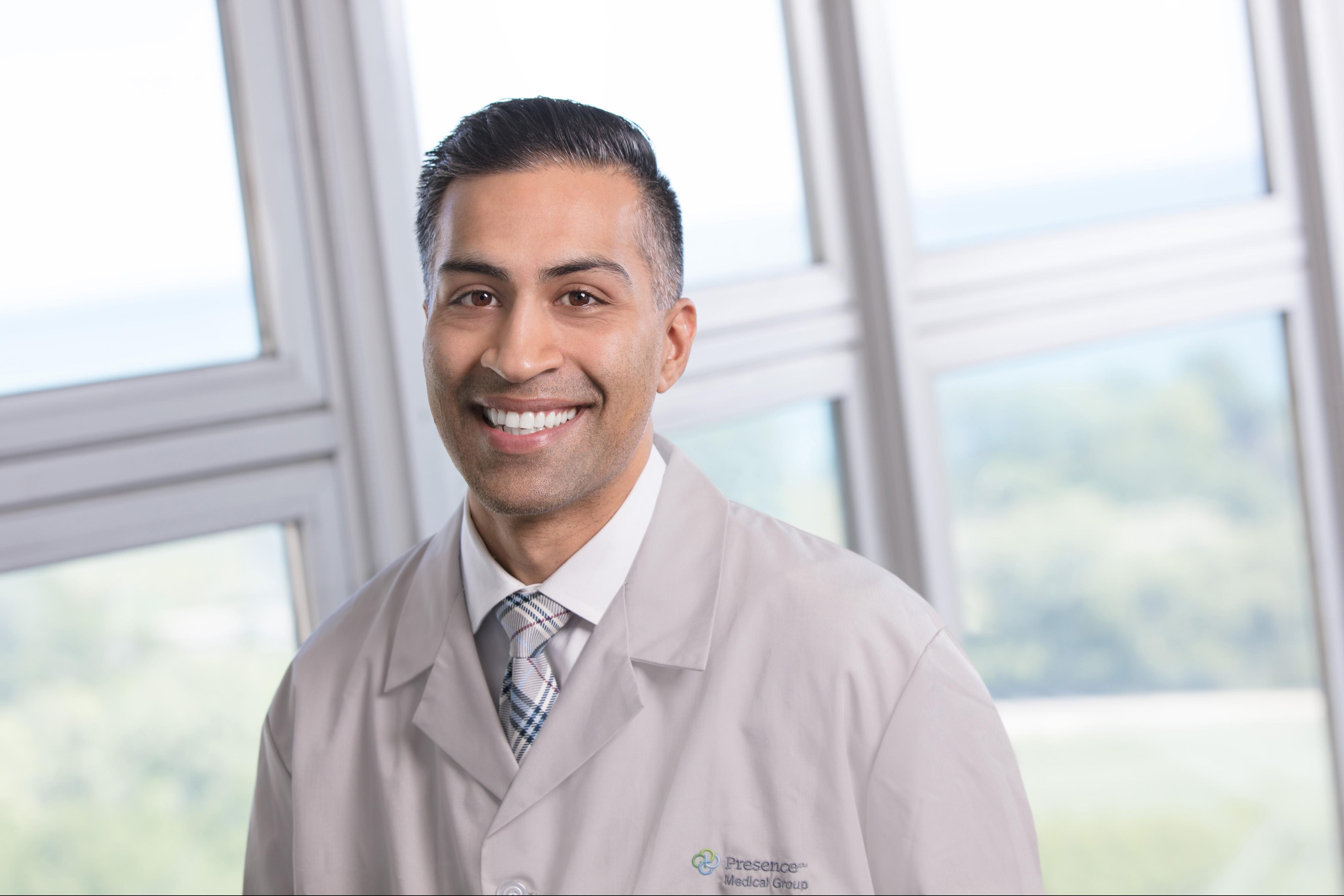 Dr. Vivek Narang MD - Chicago, IL