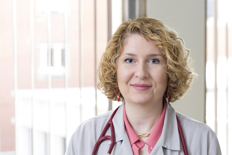 Dr. Vesna Zecevic-sternic MD - Chicago, IL