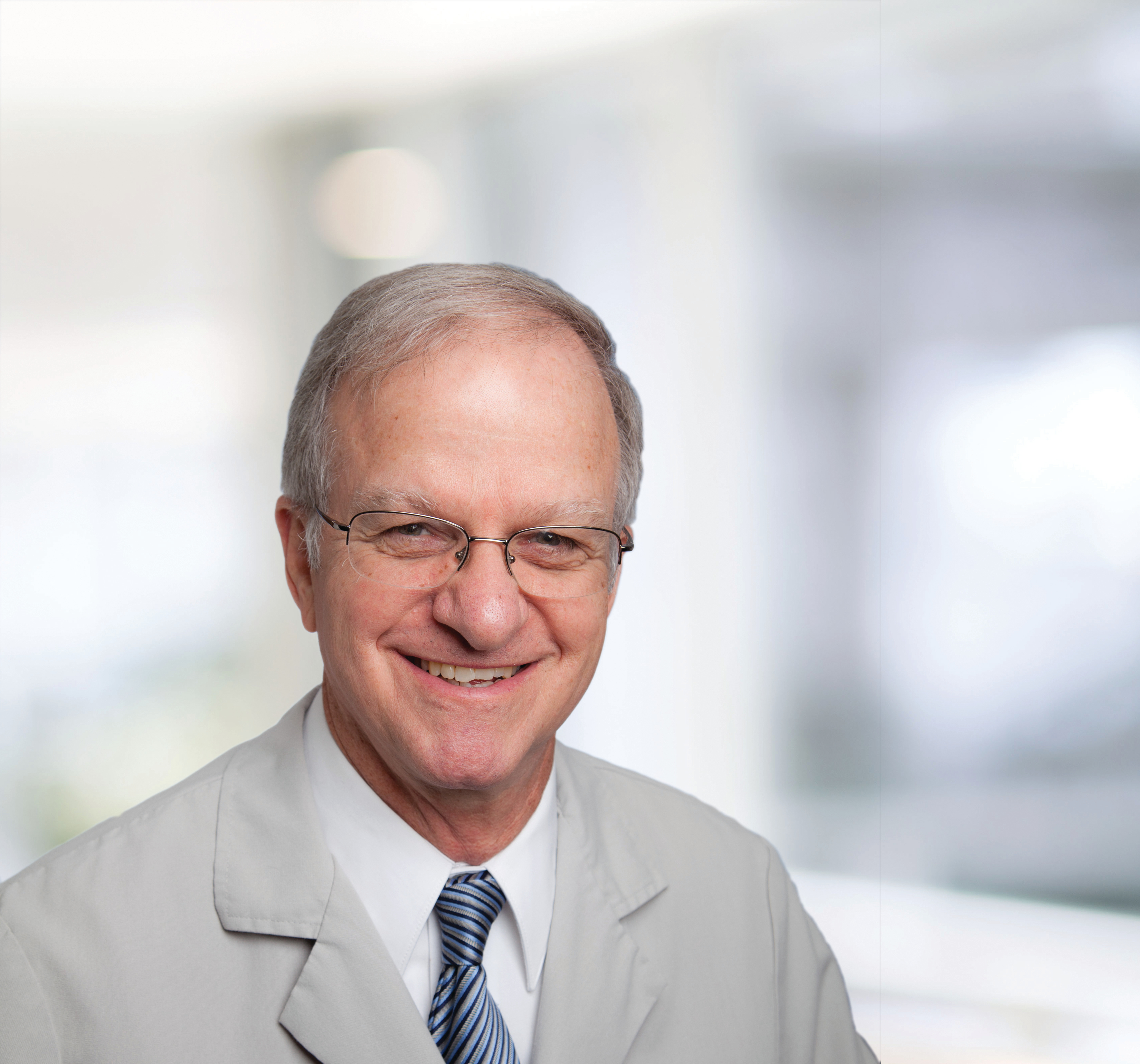Dr. James  Mccreary MD - Chicago, IL