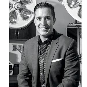 305 Plastic Surgery Center: Dr.Daniel E. Careaga - Coral Gables, FL