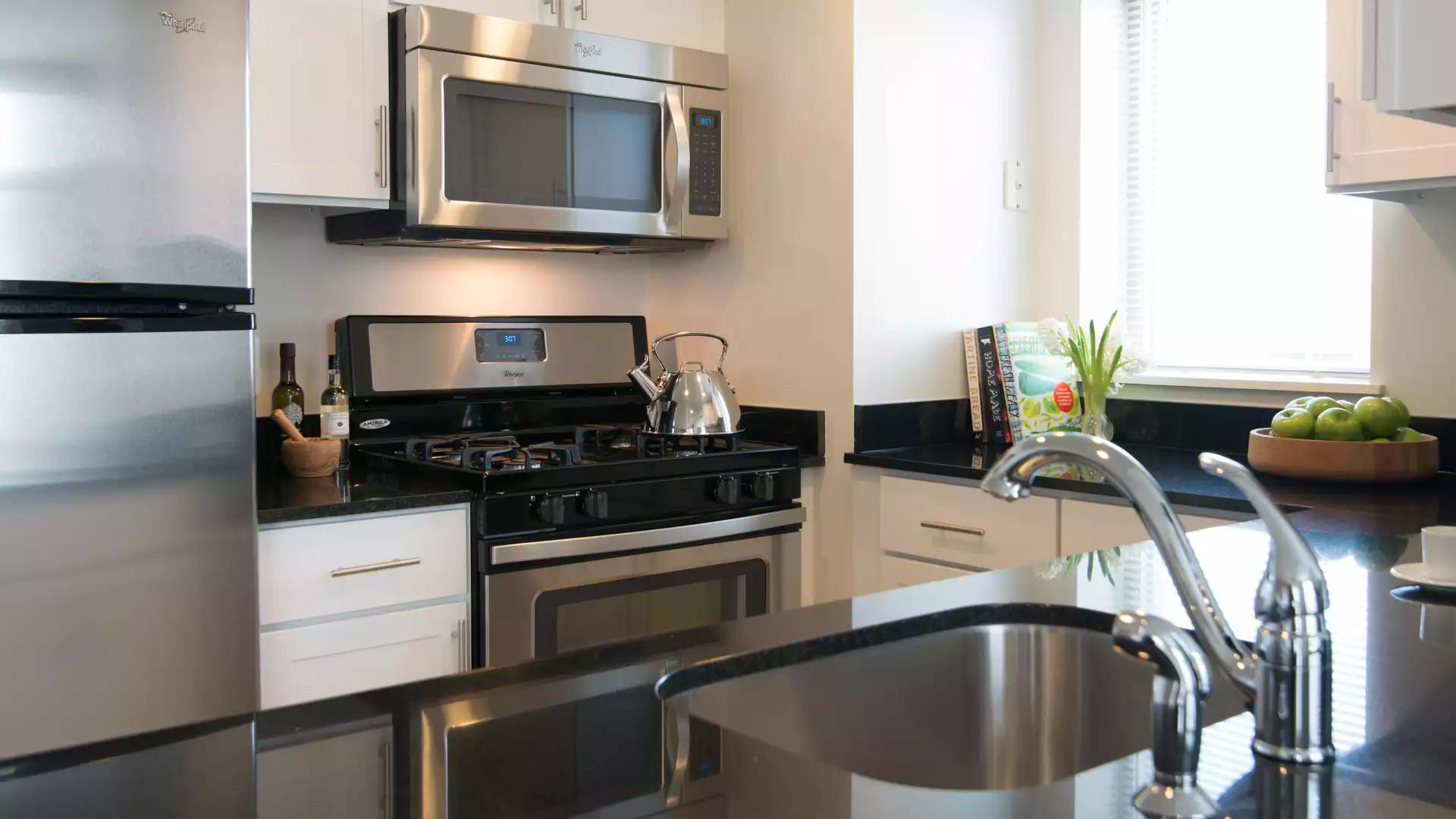 Virginia Square Apartments - Arlington, VA