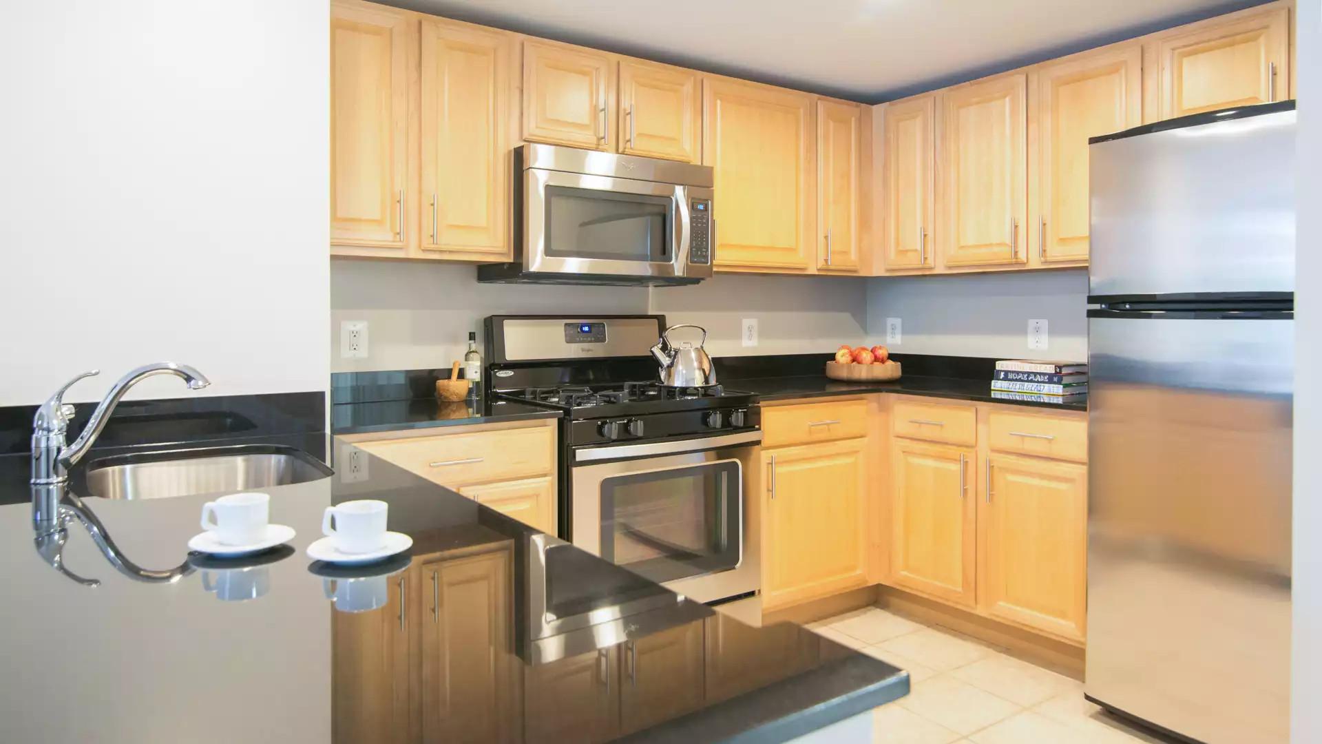 1800 Oak Apartments - Arlington, VA