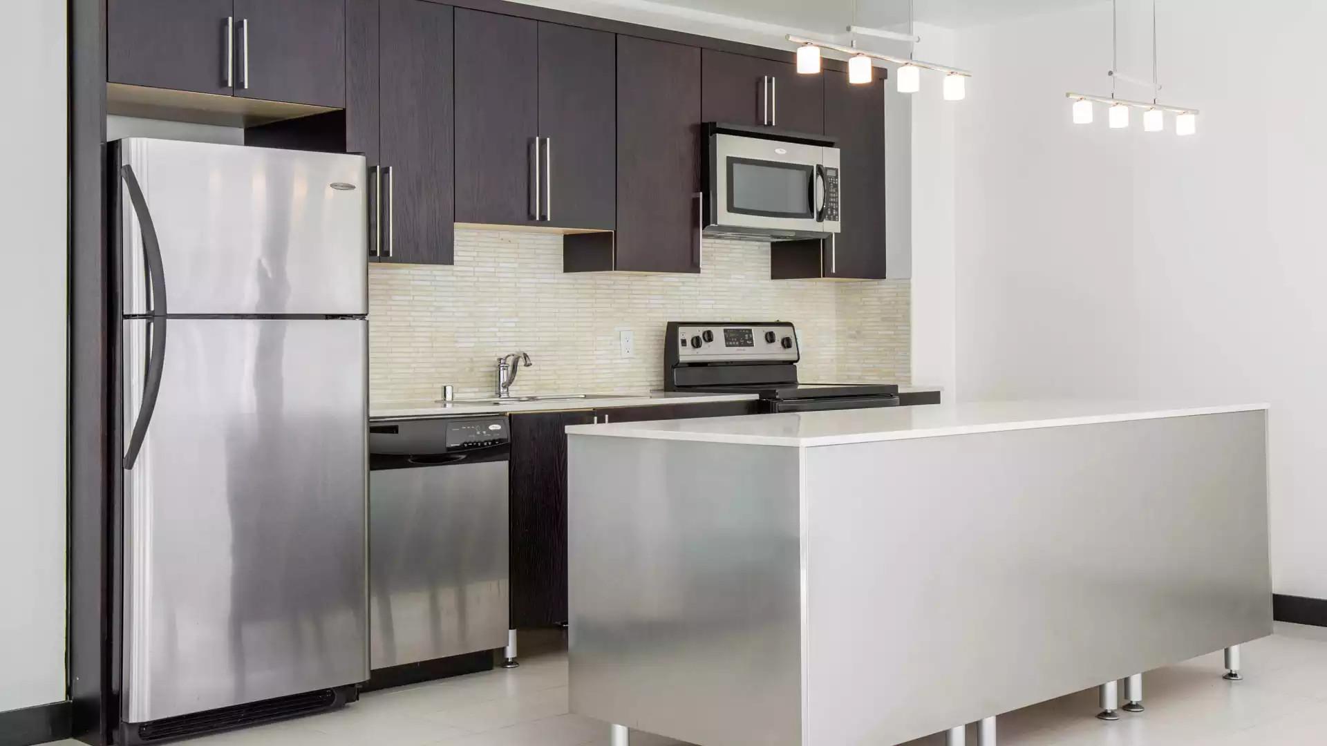 Milano Lofts Apartments - Los Angeles, CA