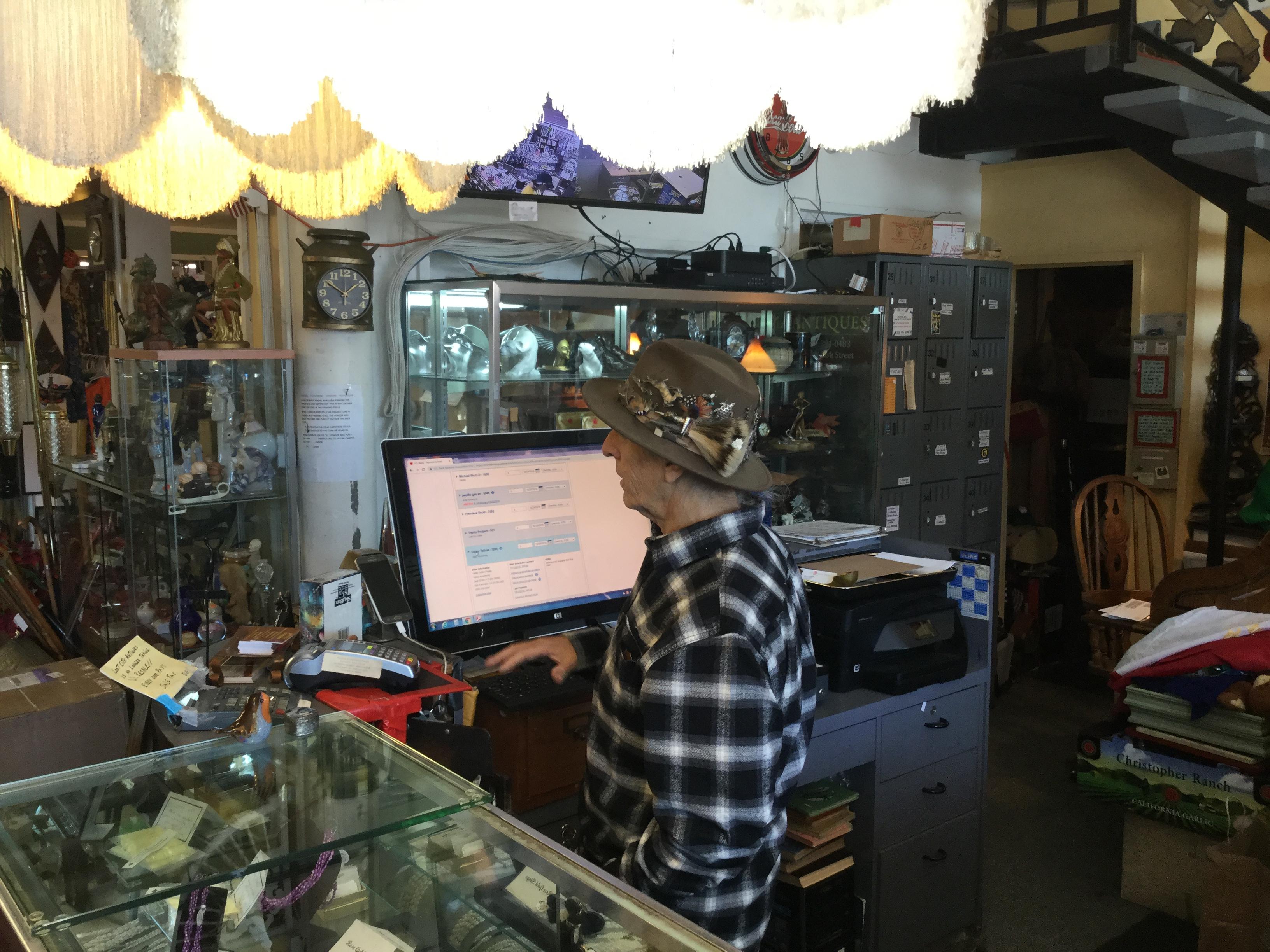 Lost City Antiques - Alameda, CA