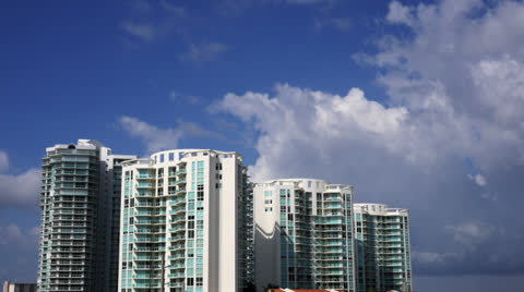 3056