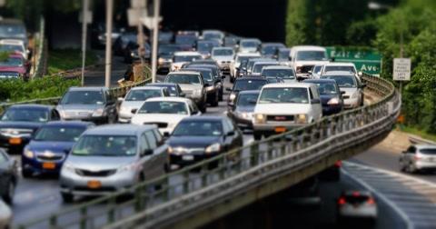 4807 BROOKLYN, NY - Circa, July, 2014 - Heavy traffic during rush hour in Brooklyn near the Brooklyn Bridge.