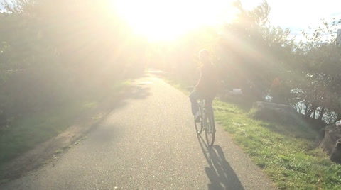 5077