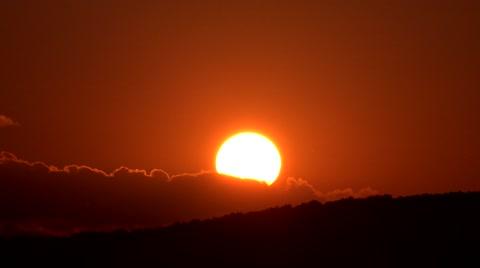 4K Timelapse sun silhouette go down up sunset sunrise mountain forest amazing closeup