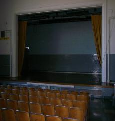Music-school-theatre__element183.slide
