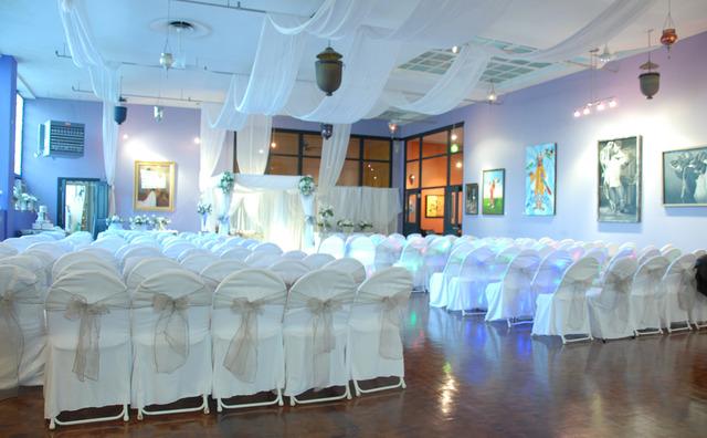 Gallery_ballroom_wedding.slide
