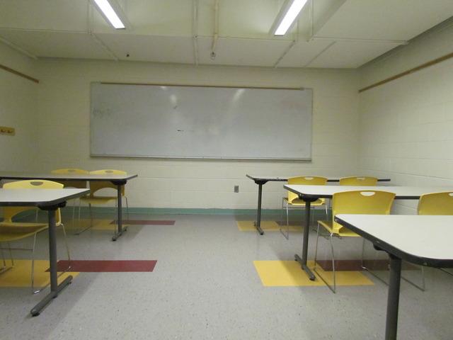 Classroom_d.slide