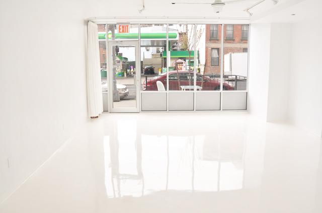 2_glasshouse_storefront_2.slide