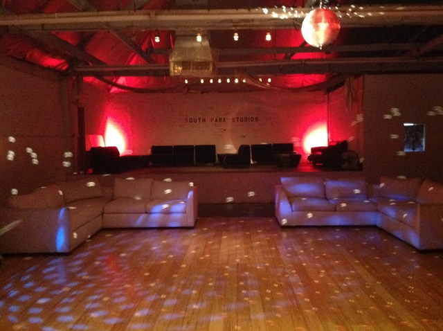 Lounge1.slide
