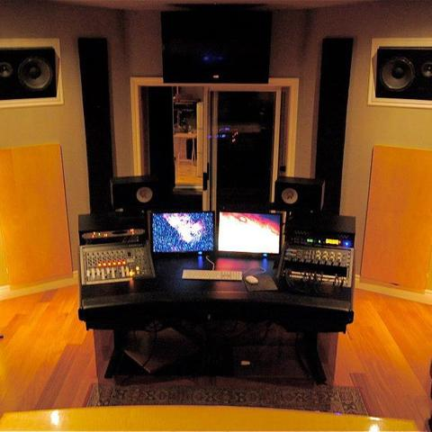 Studio_control_room.slide