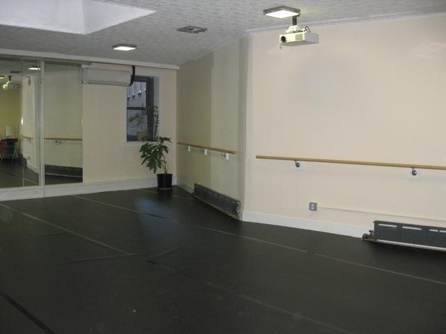 Crs-studio-with-ballet-barres.slide