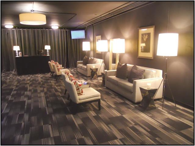 Lobby_picture.slide