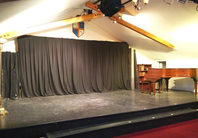 Guild_hall_stage_shot.slide