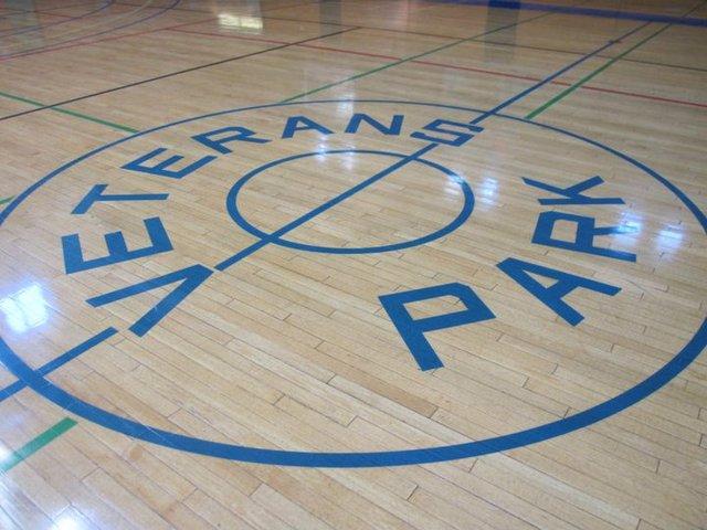 Small_gym_center_court.slide