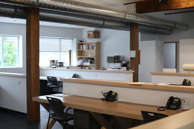 Permanent_desks2.slide