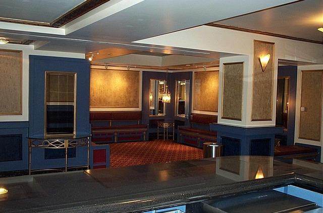 Oriental_suite.slide