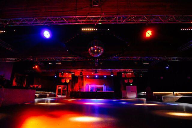 Large_room4.slide