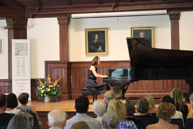 Piano_concert.slide