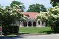 Pequot_library_spring.search_thumb
