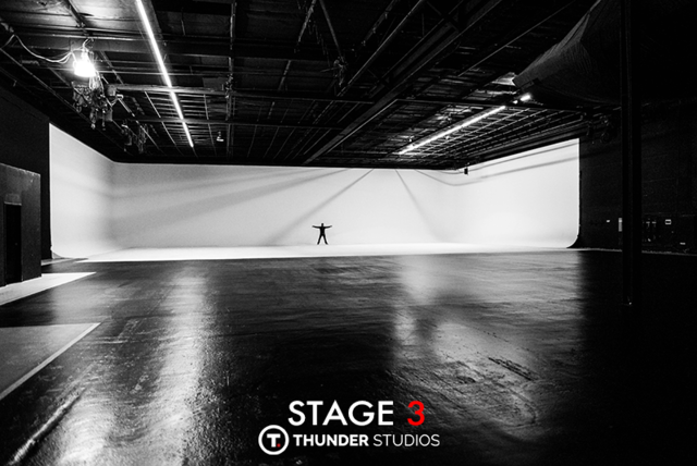 Thunder-studios-variety411-la411-798x534-stage-3-wide-vast-huge-arms-out-bw-white-cyclorama.slide