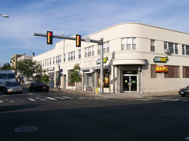 Bridgeport_store_for_rent_061.slide