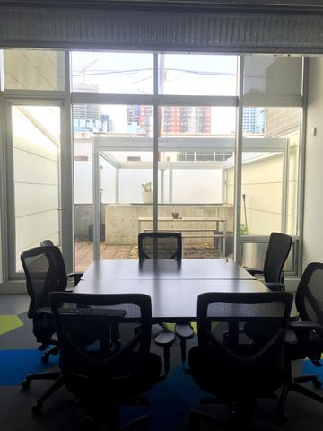 5_boardroom.slide