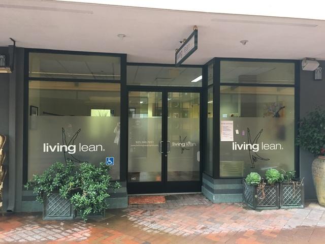 Living_lean_entrance_pic.slide