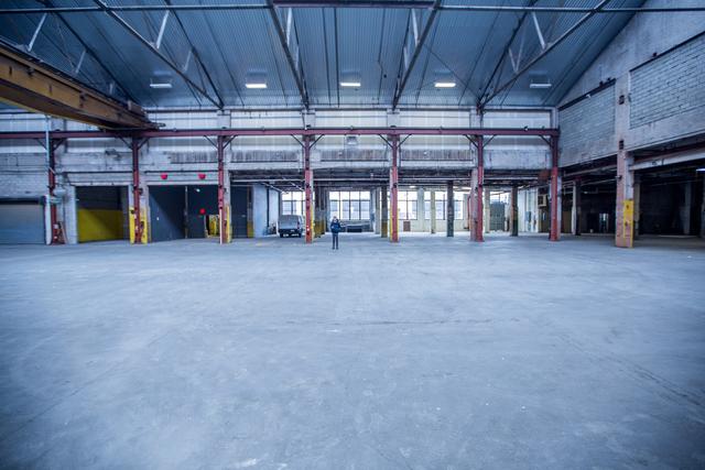 Bk_warehouse-23.slide