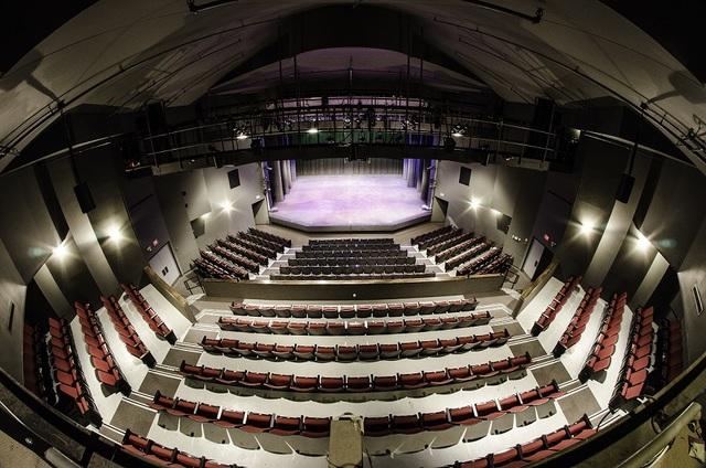 Meadowvale_theatre_-_seating.slide