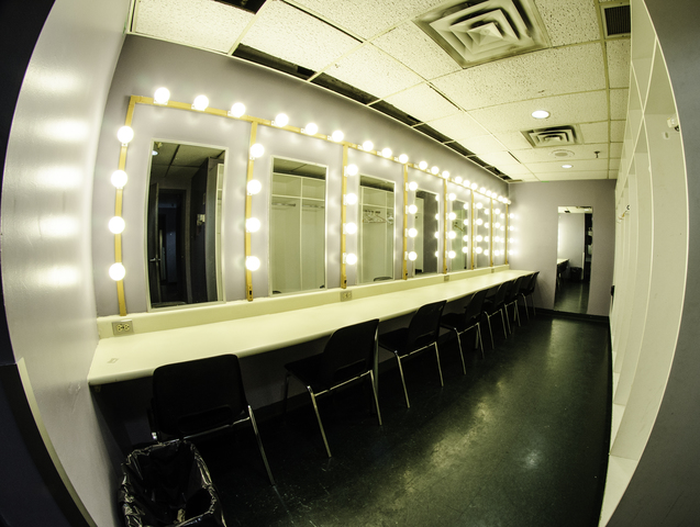 Meadowvale_theatre_-_dressing_room.slide
