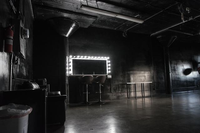 Stage_b_fd_studios-2.slide