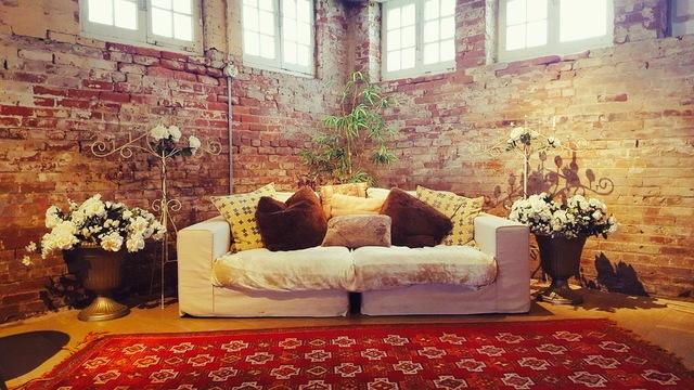 Studio96_photoshootdownstairs.slide