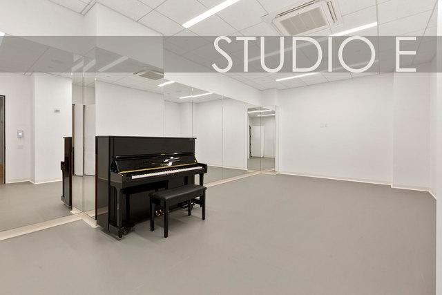 Studio-e-web-labeled.slide
