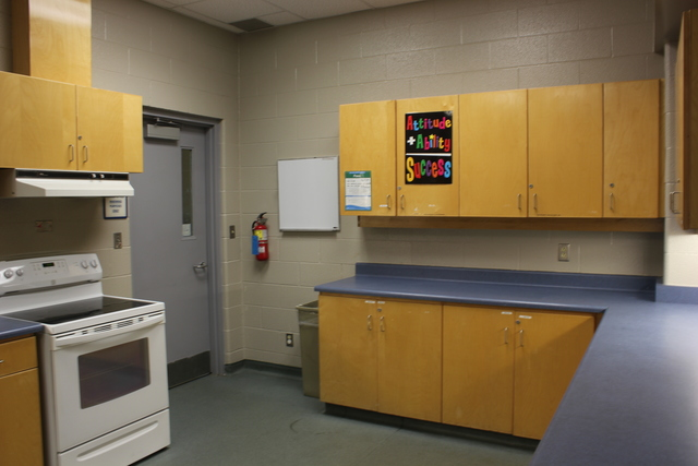 Multi_room_b_kitchen.slide
