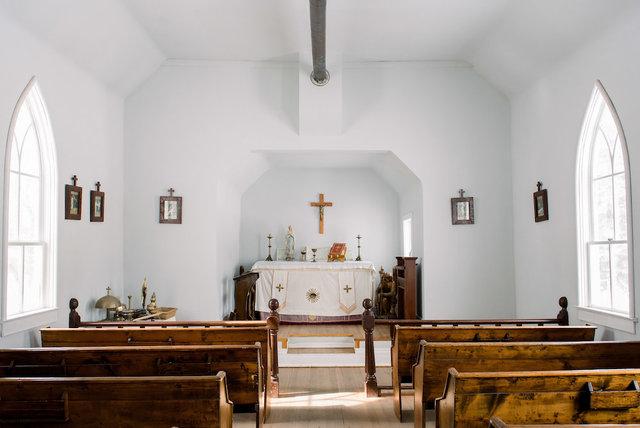 St._anthony's_-_chapel_1.slide